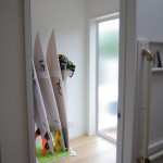 趣味のサーフィンの為の部屋も玄関に近いので、車への出し入れやメンテナンスなど便利です。